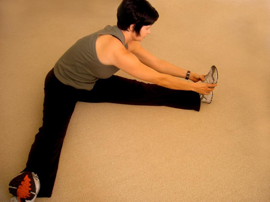Rozciąganie na bóle kręgosłupa, karku lub spuchnięte nogi