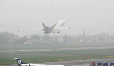 Mgła sparaliżowała polskie lotniska