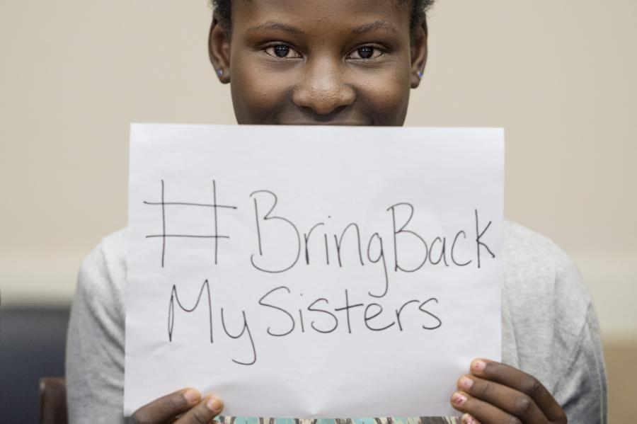 Deborah Peter, jedna z ocalałych z kwietniowego ataku Boko Haram na szkołę w Nigerii