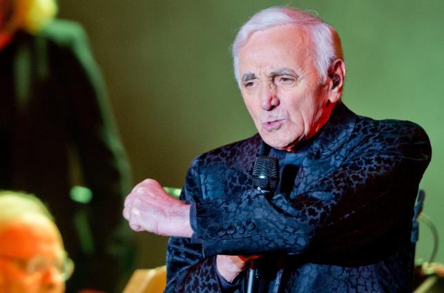 Charles Aznavour urodziny świętował na scenie