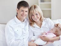 Świadczenie rodzicielskie dla wszystkich. Dziś zajmie się nim rząd