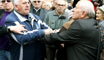 Protesty w czasie mszy pogrzebowej za generała Wojciecha Jaruzelskiego