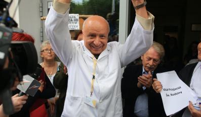 Pikieta poparcia dla prof. Bogdana Chazana