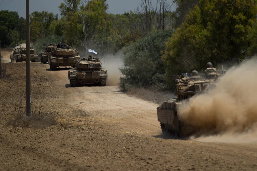 Izraelskie czołgi wjeżdżają do Gazy
