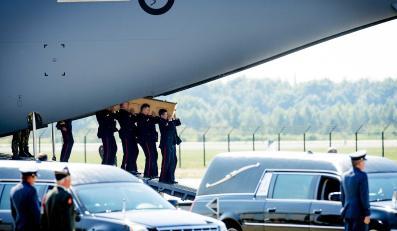 Holandia ciała zwłoki ofiary katastrofa samolot MH17 Ukraina