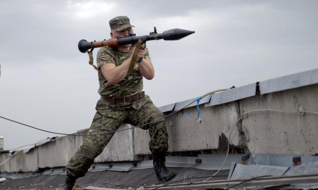Rosjanie strzelają rakietami w Ukraińców. Wywiad USA ujawnia dowody. Zobacz!