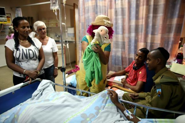 Izraelski żołnierz w szpitalu