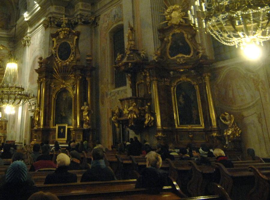 PiS broni Kościół przed zakusami Lewicy