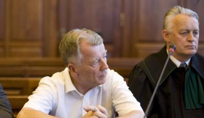 """Dziennikarz musi przeprosić Miodka za """"agenta"""""""