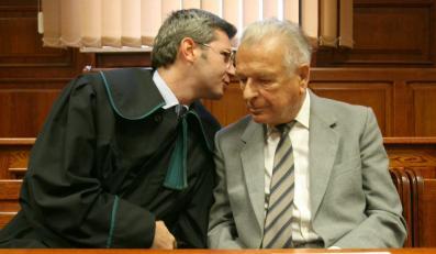 Biegli: Kiszczak nie jest zbyt chory na sąd