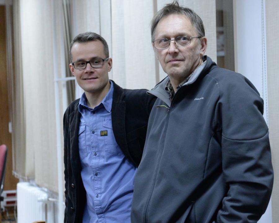Fotoreporter PAP Tomasz Gzell i dziennikarz Telewizji Republika Jan Pawlicki