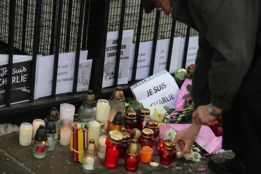 Polska. Świat w reakcji na zamach we Francji