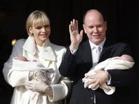 Nareszcie szczęśliwi! Księżna Charlene i książę Albert pokazali dzieci