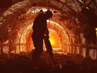 Wstrząs w kopalni Wujek Śląsk. Brakuje dwóch górników, trwa akcja