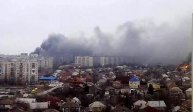 Mariupol na wschodzie Ukrainy ostrzelany