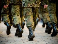 Sikorski wysyła posłów na szkolenia wojskowe. Zainspirowała go Pawłowicz