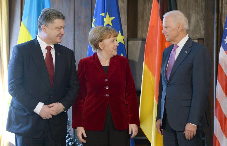 Petro Poroszenko, Angela Merkel i Joe Biden