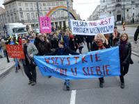 Ponad 2 tysiące osób w walce o prawa kobiet. Manifa w Warszawie