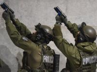 Odbicie zakładników, ewakuacja rannych... Nocne ćwiczenia antyterrorystyczne