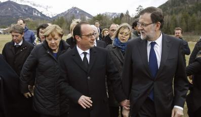Angela Merkel, Francois Hollande, Mariano Rajoy na miejscu katastrofy samolotu Germanwings