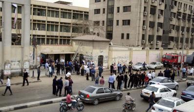 Miejsce, gdzie w Kairze eksplodowała bomba