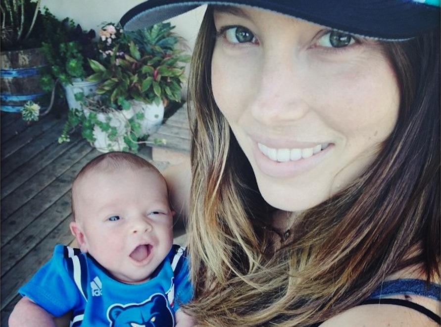 Jessica Biel kibicuje z synem