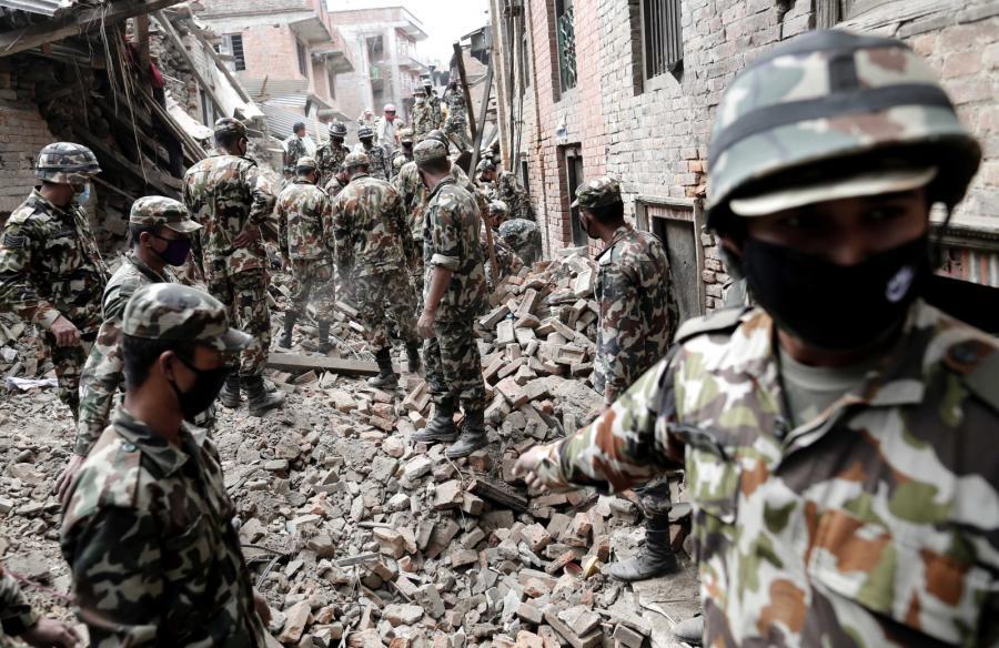 Akcja ratownicza w Nepalu po trzęsieniu ziemi