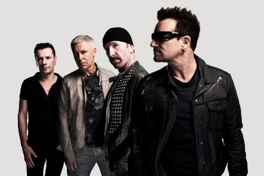 U2 nie wynajęli wypasionej sali prób, lecz zagrali na ulicy