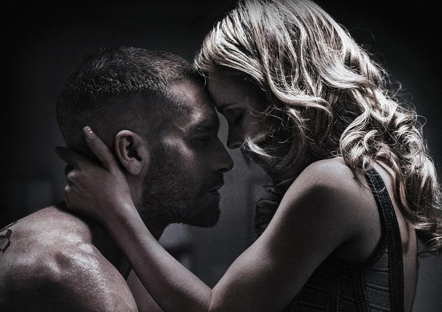 Jake Gyllenhaal i Rachel McAdams w filmie \