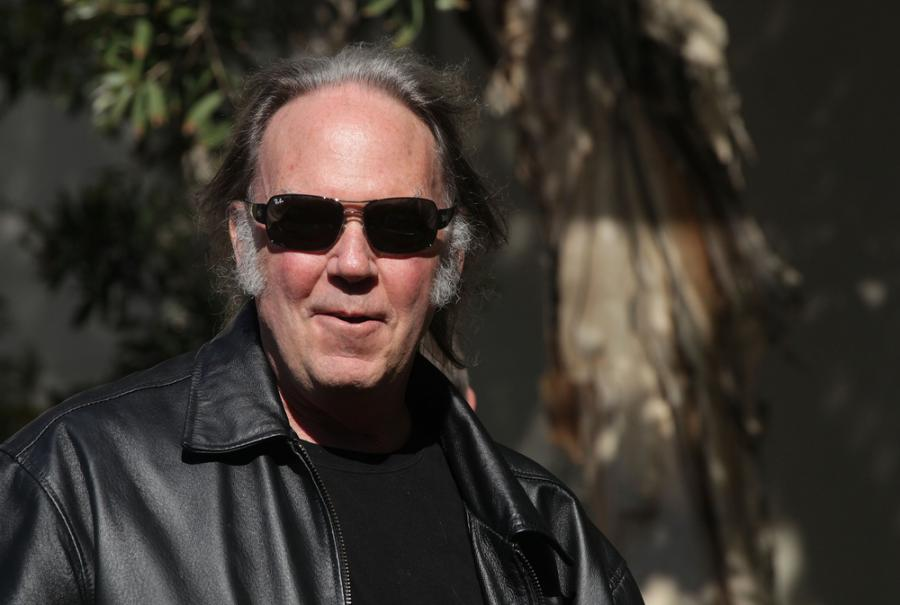 Neil Young + Promise of the Real przedstawiają \