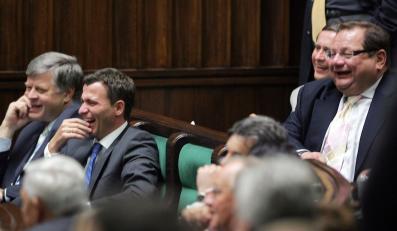 Z czego śmieją się polscy posłowie?