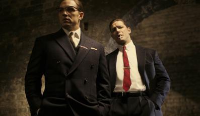 Tom Hardy w roli bliźniaków