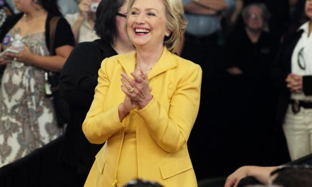 Ile Hillary Clinton inwestuje w twarz, żeby TAK wyglądać?