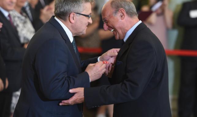 Komorowski rozdaje ordery: Polityk LPR, milioner... Znany aktor ma wątpliwości. ZDJĘCIA