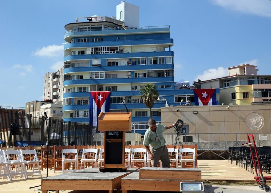 Ostatnie przygotownia przed otwarciem ambasady