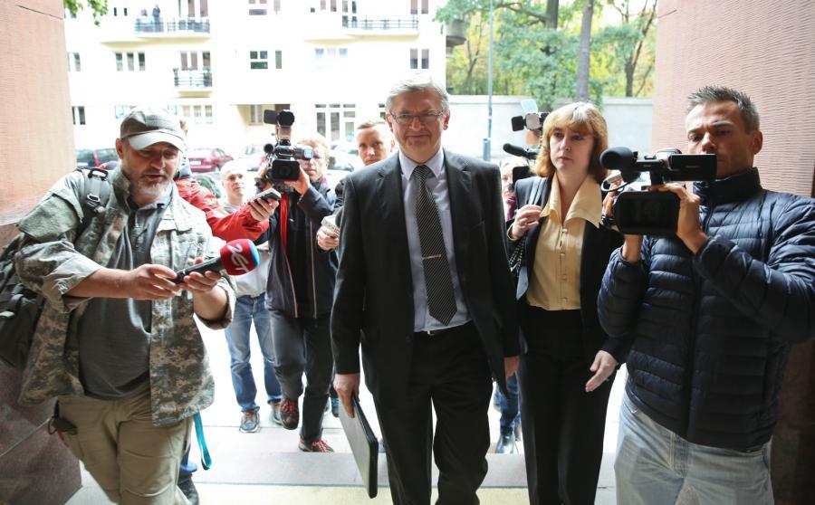 Siergiej Andriejew w drodze do MSZ
