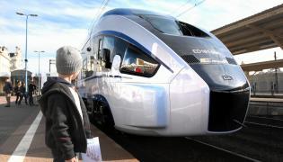 Prezentacja nowego pociągu PKP Intercity marki Pesa Dart produkowanego w Bydgoszczy