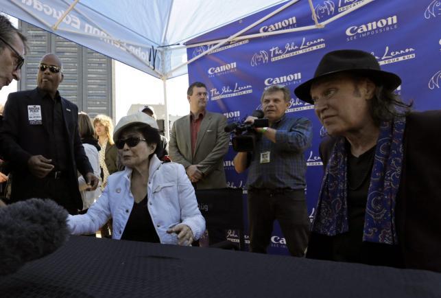 Yoko Ono zorganizowała specjalną akcję z okazji urodzin Johna Lennona