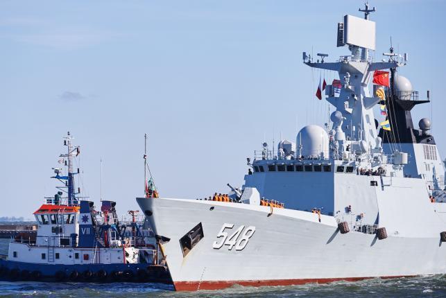 """Do Gdyni zawinęły chiński niszczyciel rakietowy """"Jinan"""", fregata rakietowa """"Yiyang"""" oraz zaopatrzeniowy """"Qiandaohu"""""""