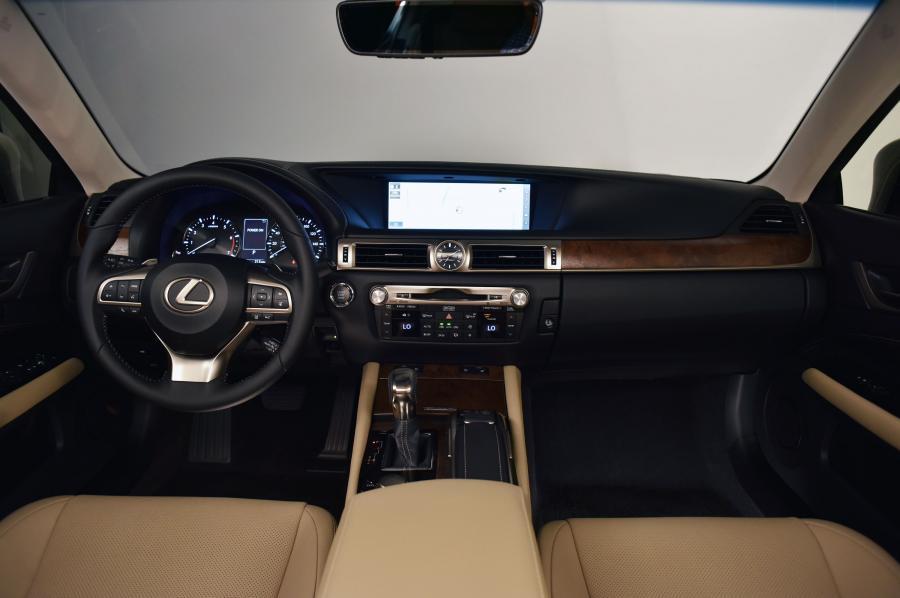 Lexus GS - zdjęcie poglądowe