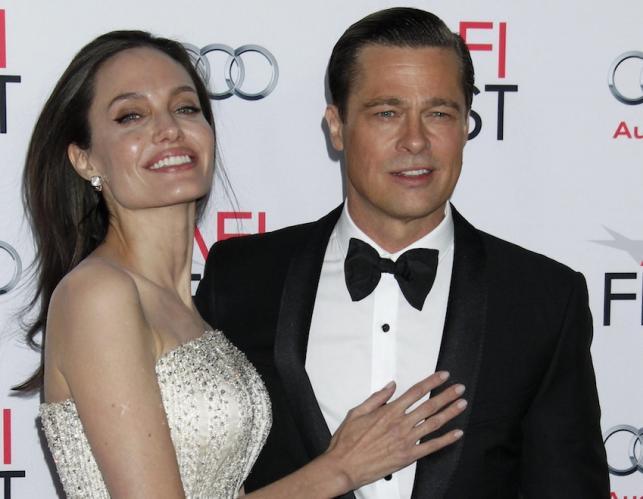 """Angelina Jolie i Brad Pitt na hollywoodzkiej premierze filmu """"Nad morzem"""""""