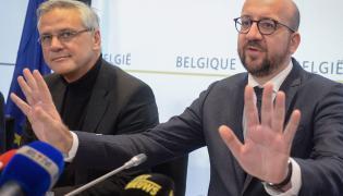Beligijski premier Charles Michel uspokaja dziennikarzy na konferencji