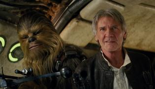 """Moc się obudziła, a nowe """"Gwiezdne wojny"""" się udały"""