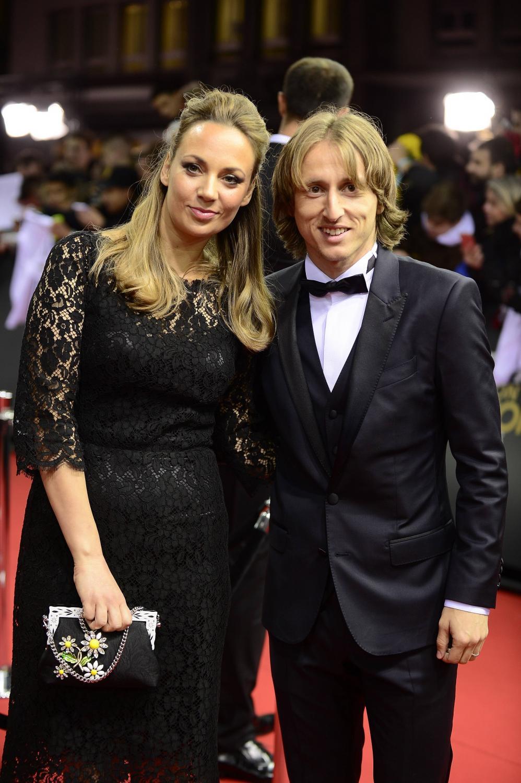 Piękne kobiety na gali FIFA. One kochają piłkarzy i ich...
