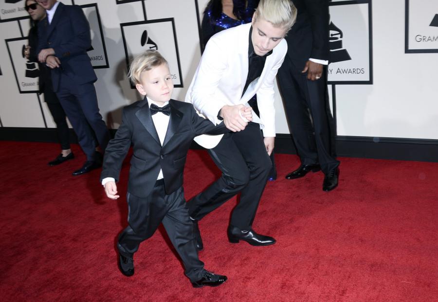 Nie ma jak z bratem? Justin Bieber z małym Jaxonem