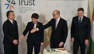 Premier Czech Bohuslav Sobotka, premier Beata Szydło, premier Węgier Viktor Orban i premier Słowacji Robert Fico
