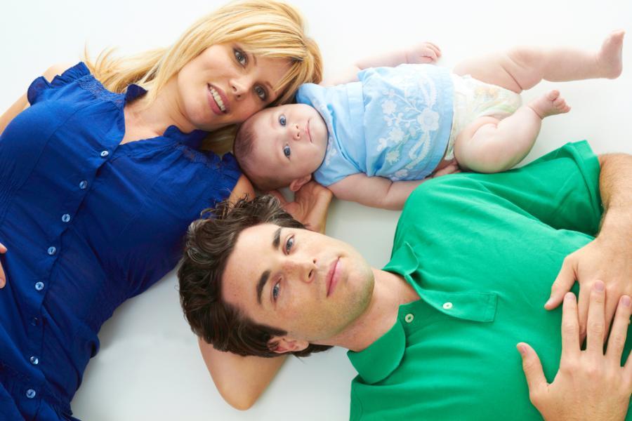 Rodzice z niemowlęciem