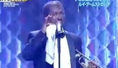 Posłuchaj jak śpiewa japoński Louis Armstrong