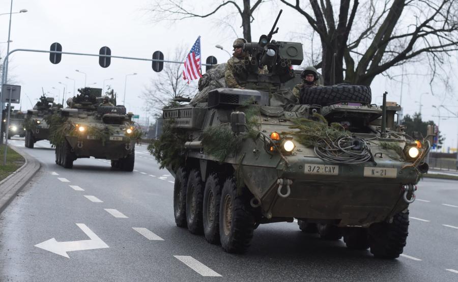 Amerykańscy żołnierze z 2. Pułku Kawalerii Armii USA odwiedzili przejazdem Łódź