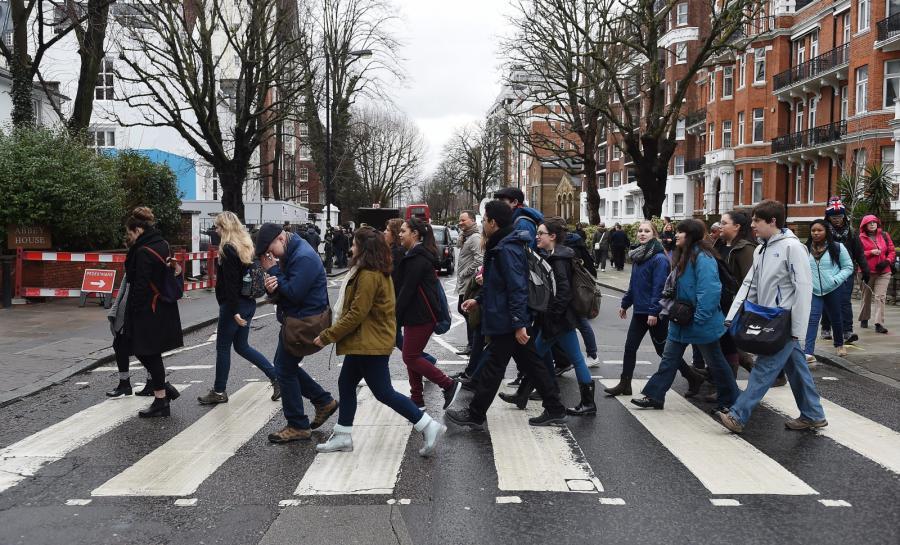 Anglia płacze po piątym Beatlesie
